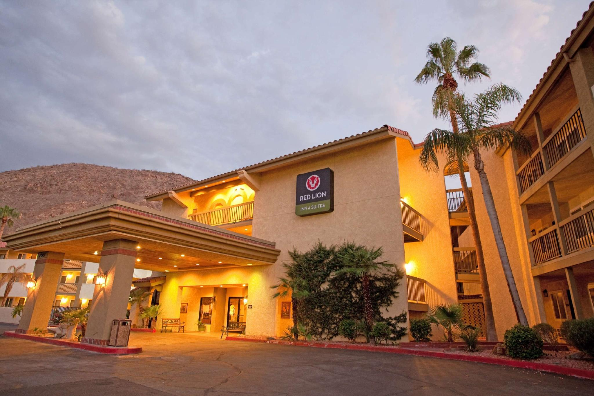 Red Lion Inn And Suites Cathedral City