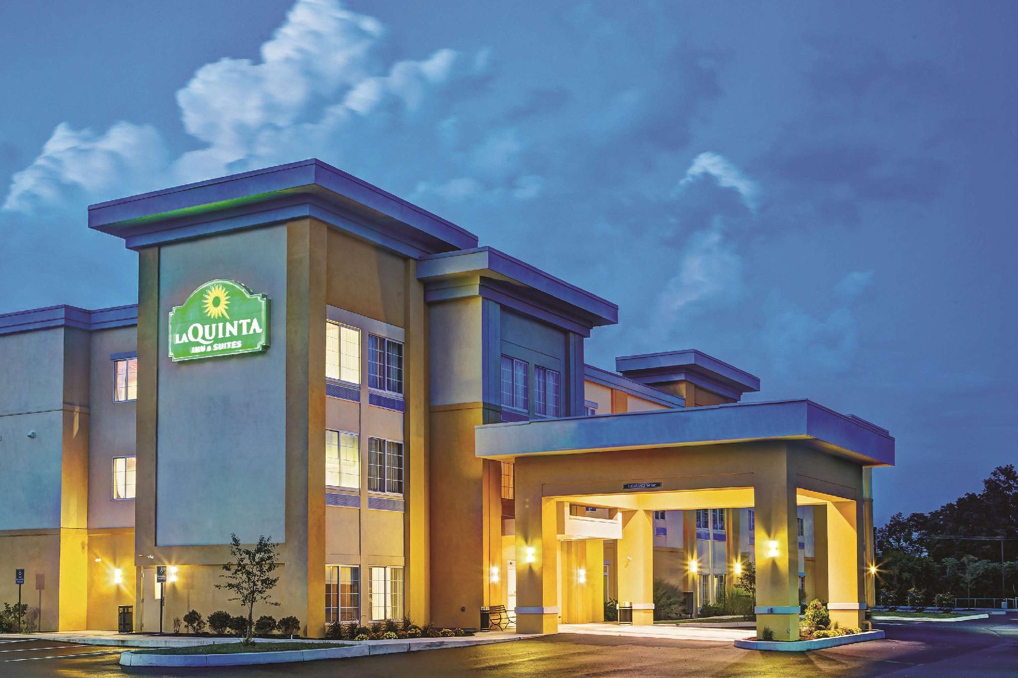 La Quinta Inn And Suites By Wyndham Harrisburg Hershey