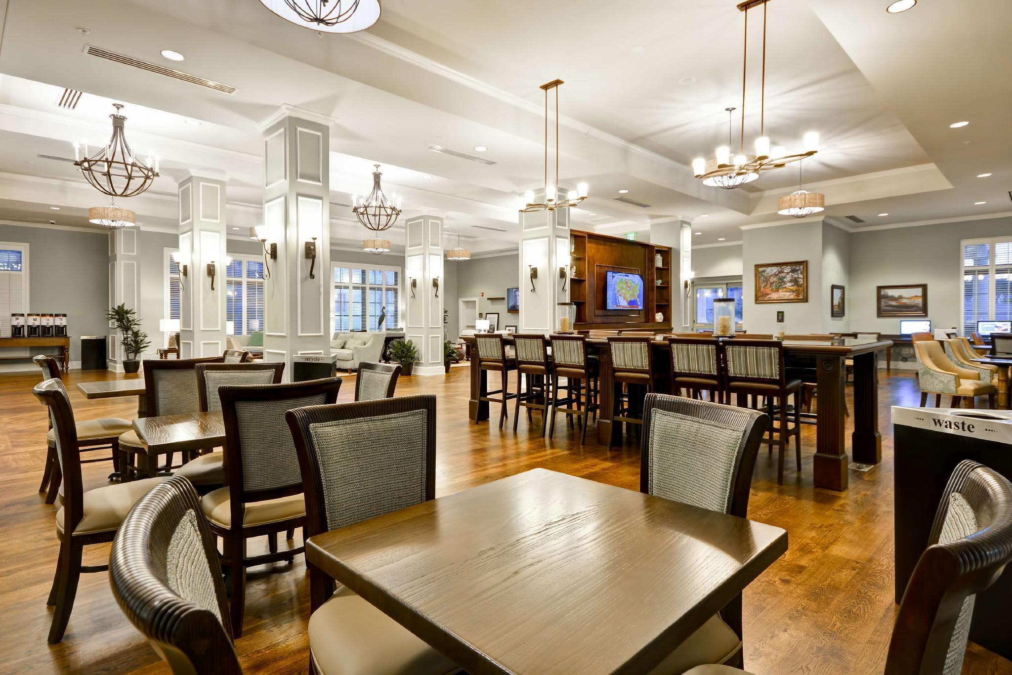 Hampton Inn & Suites Charleston Airport