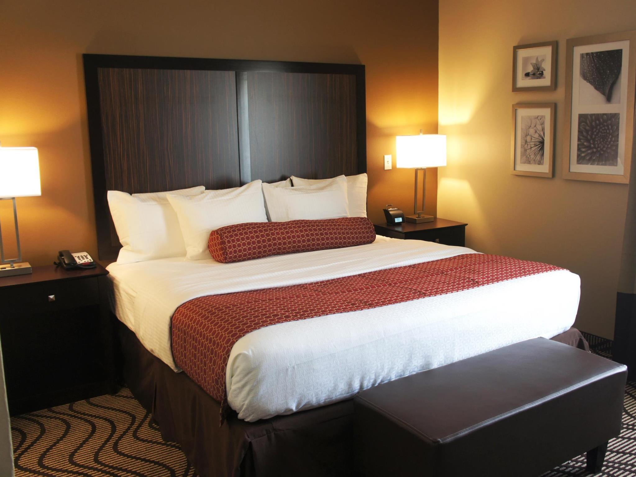 La Quinta Inn & Suites By Wyndham Gonzales LA