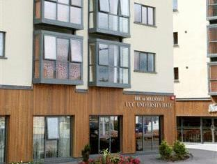 University Hall Apartments   Campus Accommodation