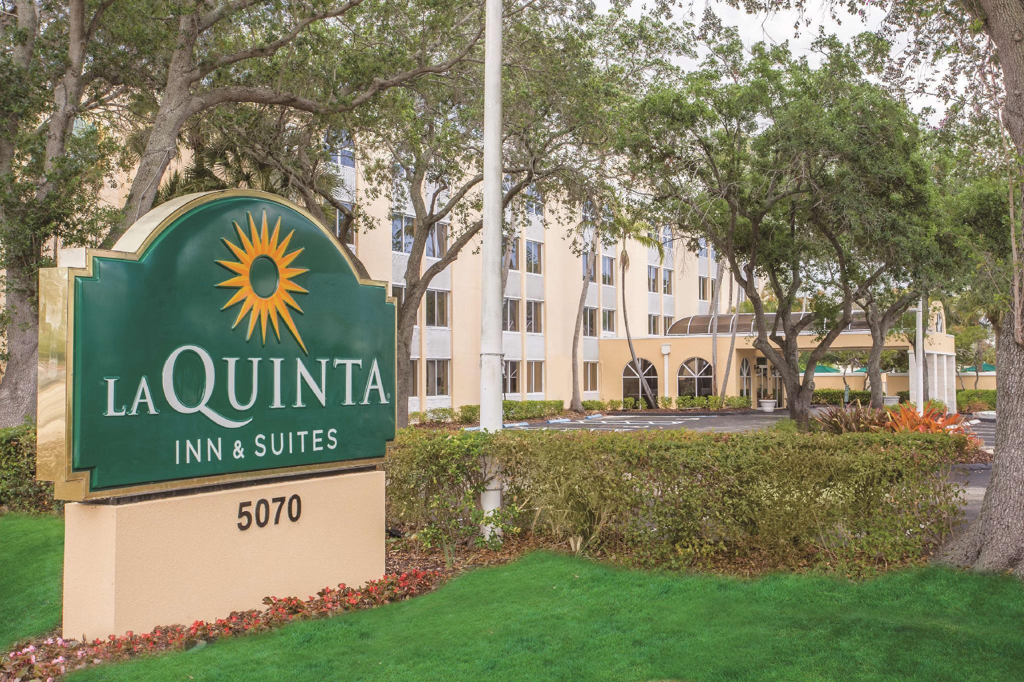 La Quinta Inn And Suites By Wyndham Fort Lauderdale Tamarac