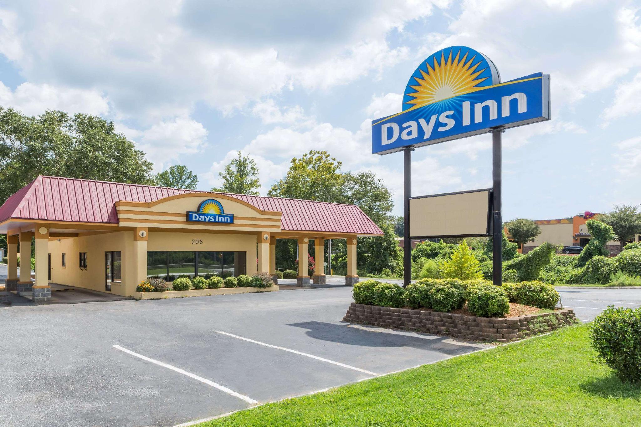 Days Inn By Wyndham Lenoir