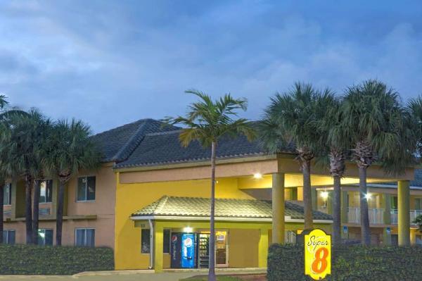 Super 8 by Wyndham Dania/Fort Lauderdale Airport Fort Lauderdale