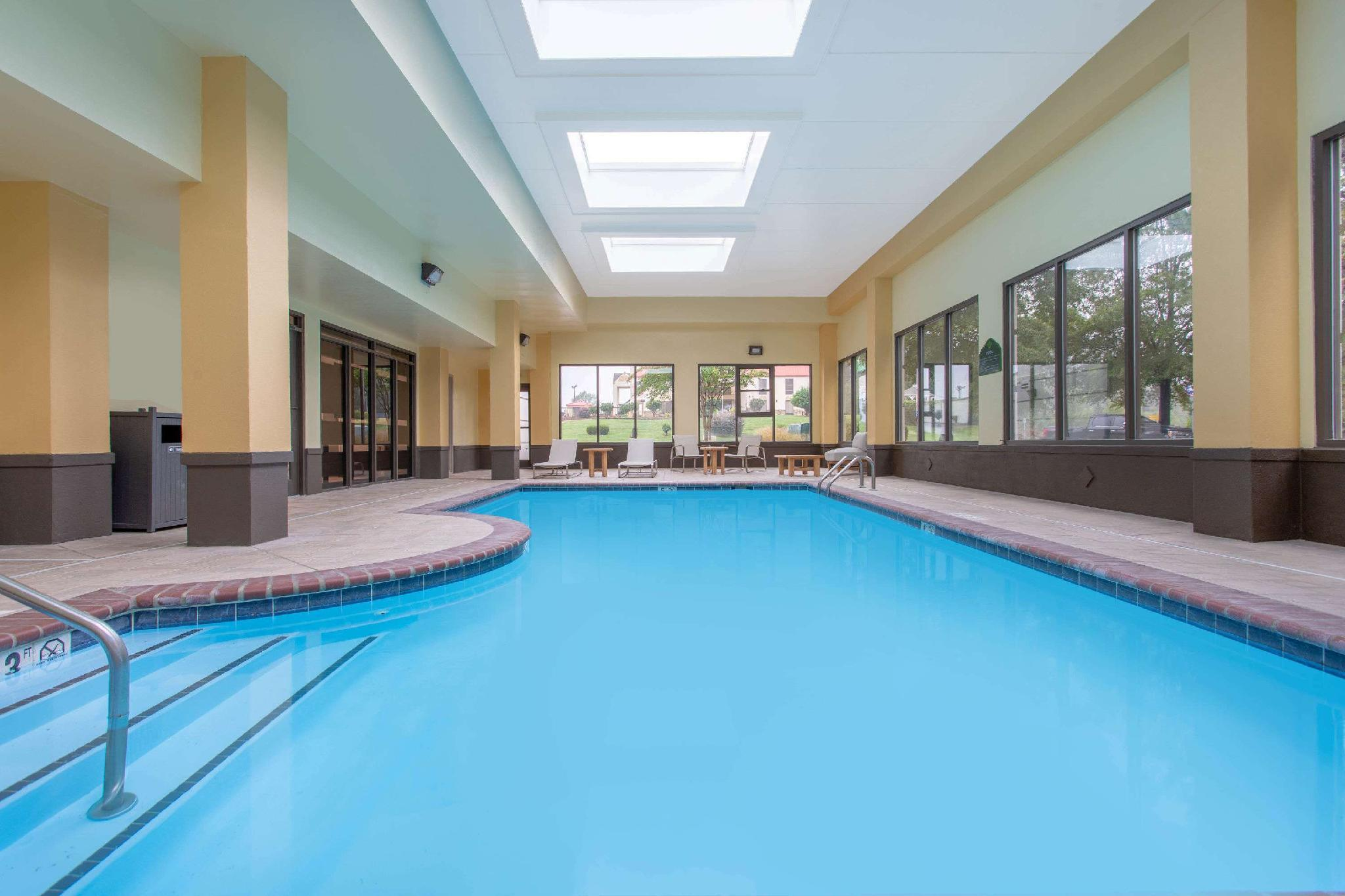 Wingate By Wyndham Mooresville