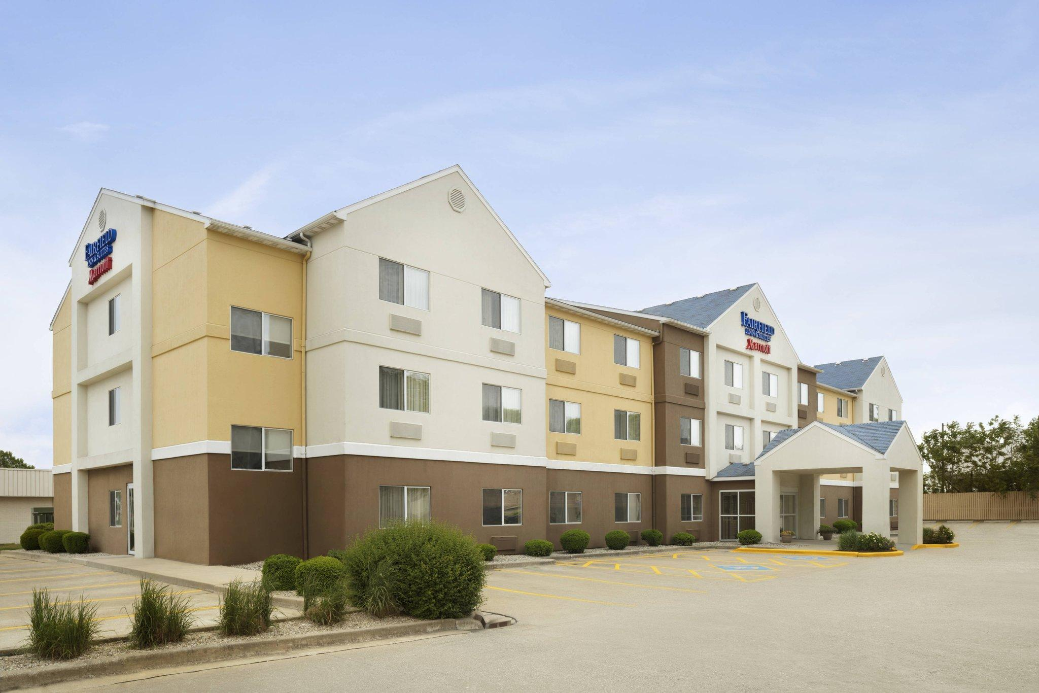 Fairfield Inn And Suites Champaign
