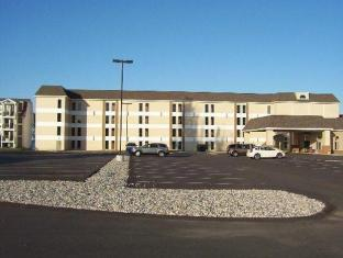 Mackinaw Beach and Bay Inn & Suites Mackinaw City (MI) United States