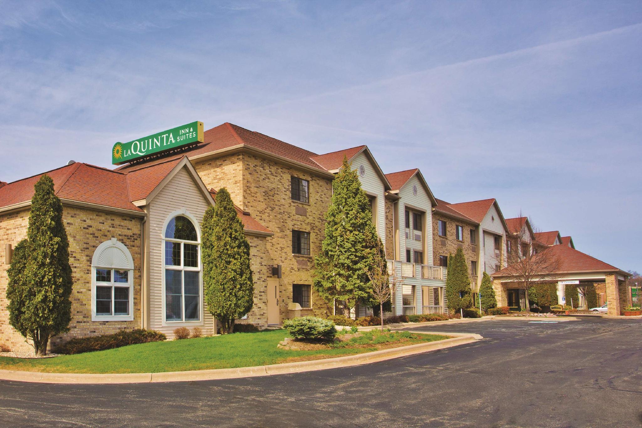 La Quinta Inn And Suites By Wyndham Milwaukee Delafield