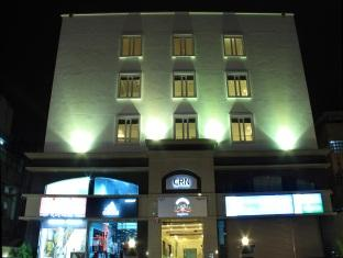 Hotel Canary Sapphire   CRN