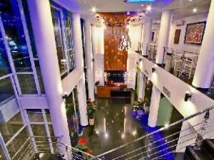 飞溅酒店 (Splash Hotel)
