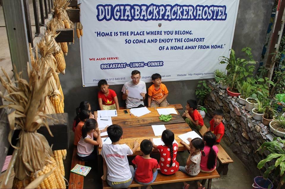 Du Gia Backpacker Hostel And Restaurant Coffee Bar
