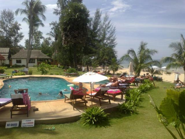 กู๊ดเดย์ ลันตาบีช รีสอร์ท – Gooddays Lanta Beach Resort