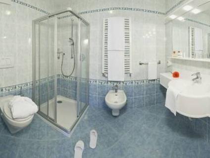 Aktiv & Familienhotel Adlernest