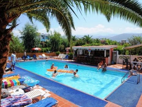 Primavera Beach Hotel Studios And Apartments