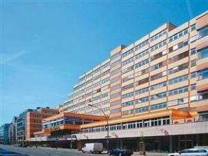 AMC Apartments