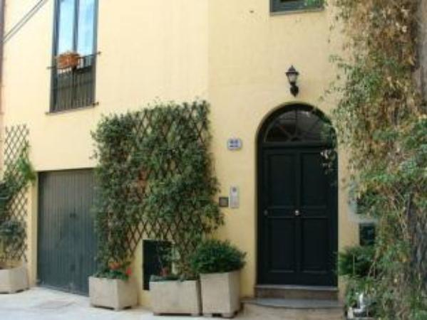 BB 22 Charming Rooms & Apartments Palermo