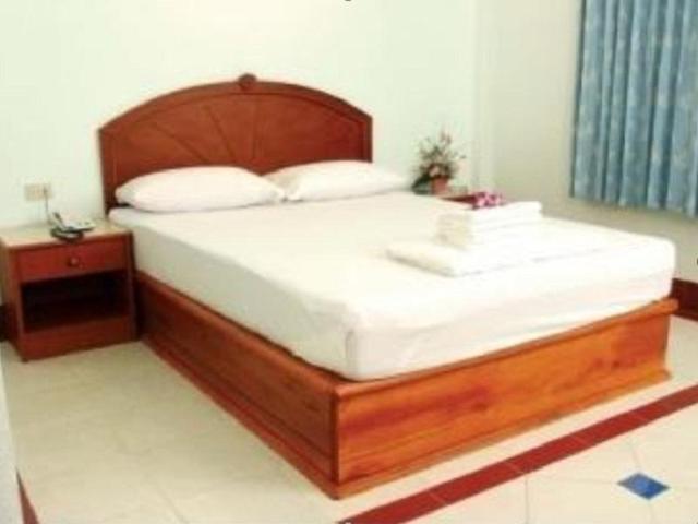 โอเอซิส รีสอร์ท – Oasis Resort