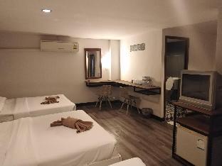 ピンピマーン ビーチ ホテル Pimpimarn Beach Hotel