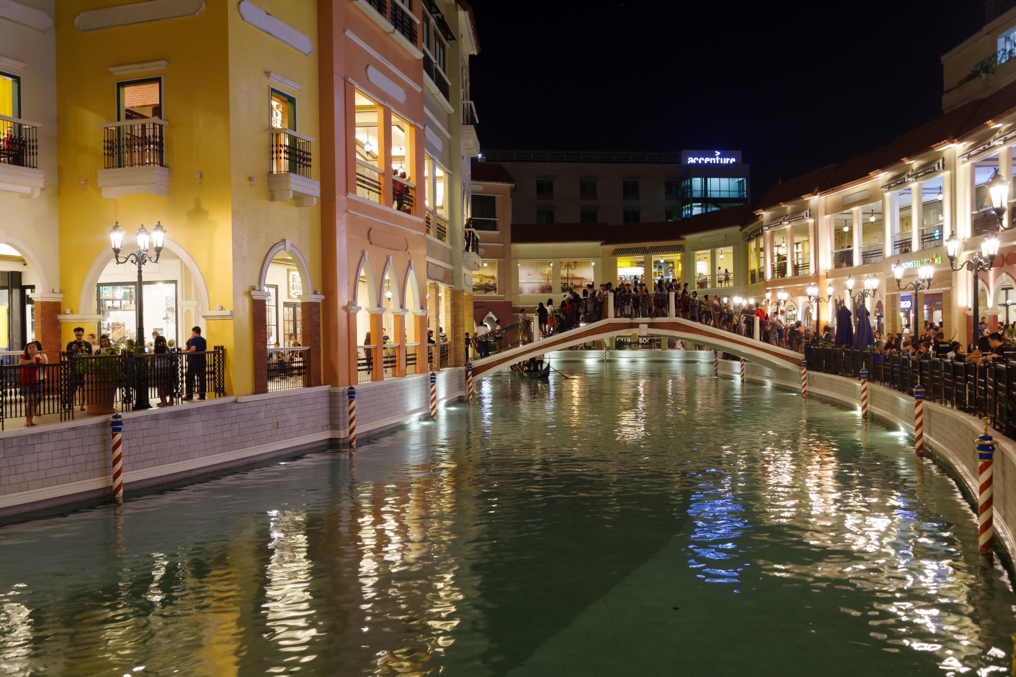 Luxe In Venice 09 White