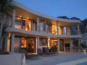Wescamp Villa