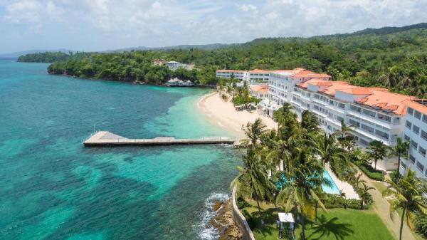 Couples Tower Isle All Inclusive Saint Mary