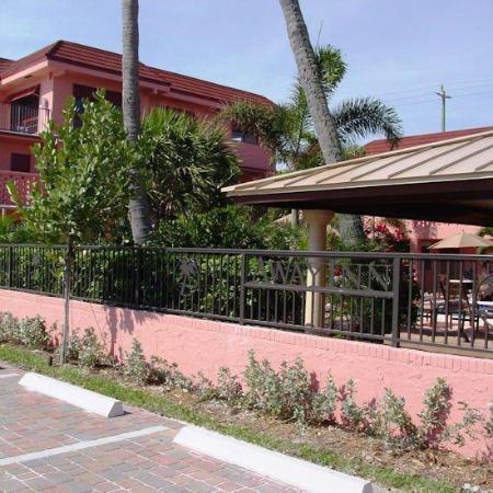 Away Inn Fort Lauderdale