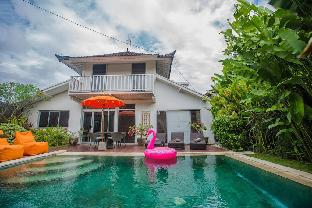 BaliJoanyvillas-villa Demen 3bedrooms private pool Bali