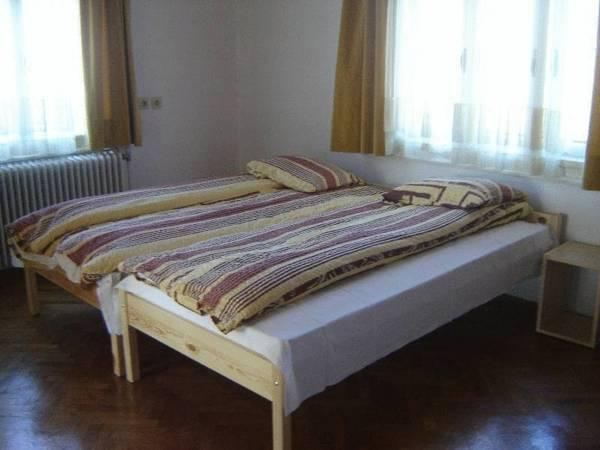 Apartments And Rooms Marija Lesnik