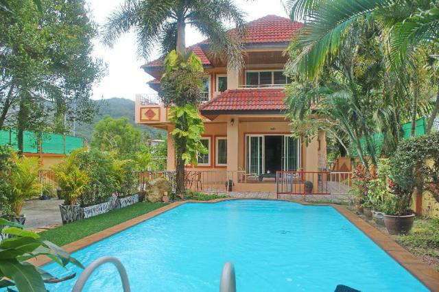 3 bedrooms villa close to the beach – 3 bedrooms villa close to the beach