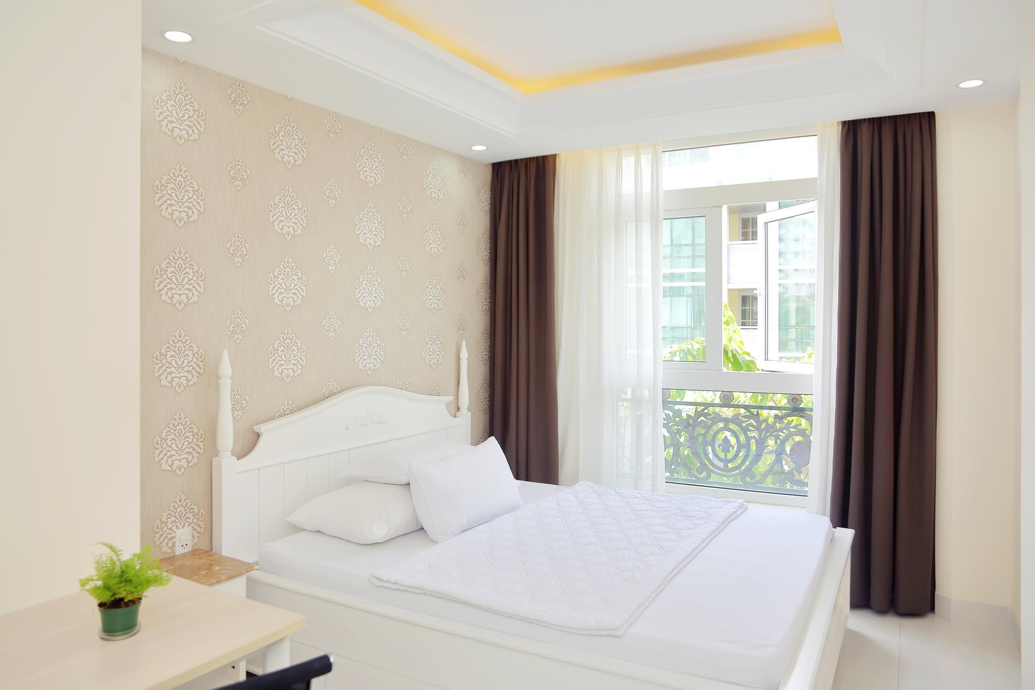 Sunshine Hotel And Apartment