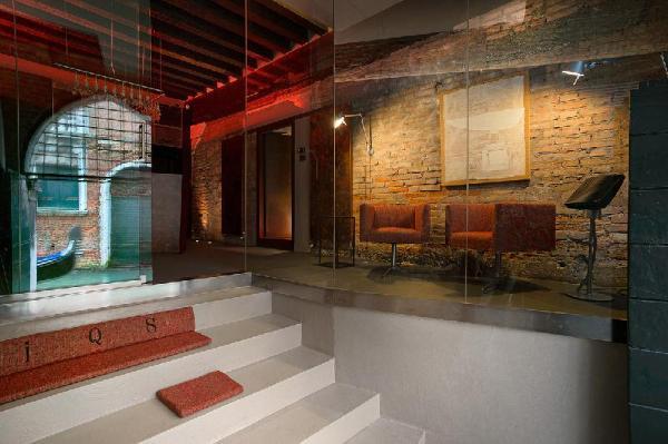 Charming House iQs Venice