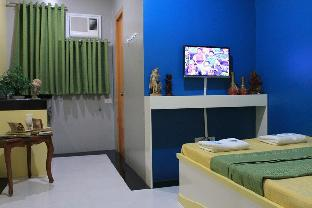 picture 5 of Riserr Residences