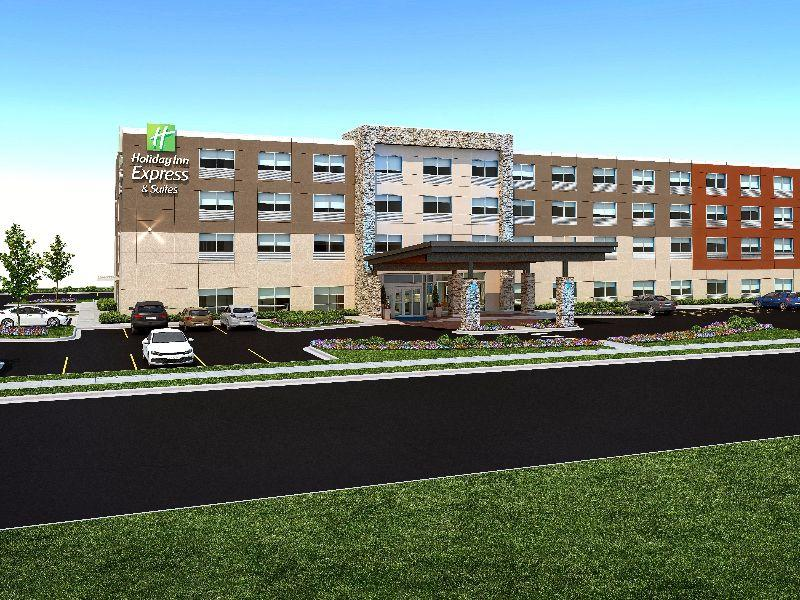 Holiday Inn Express And Suites Farmers Branch