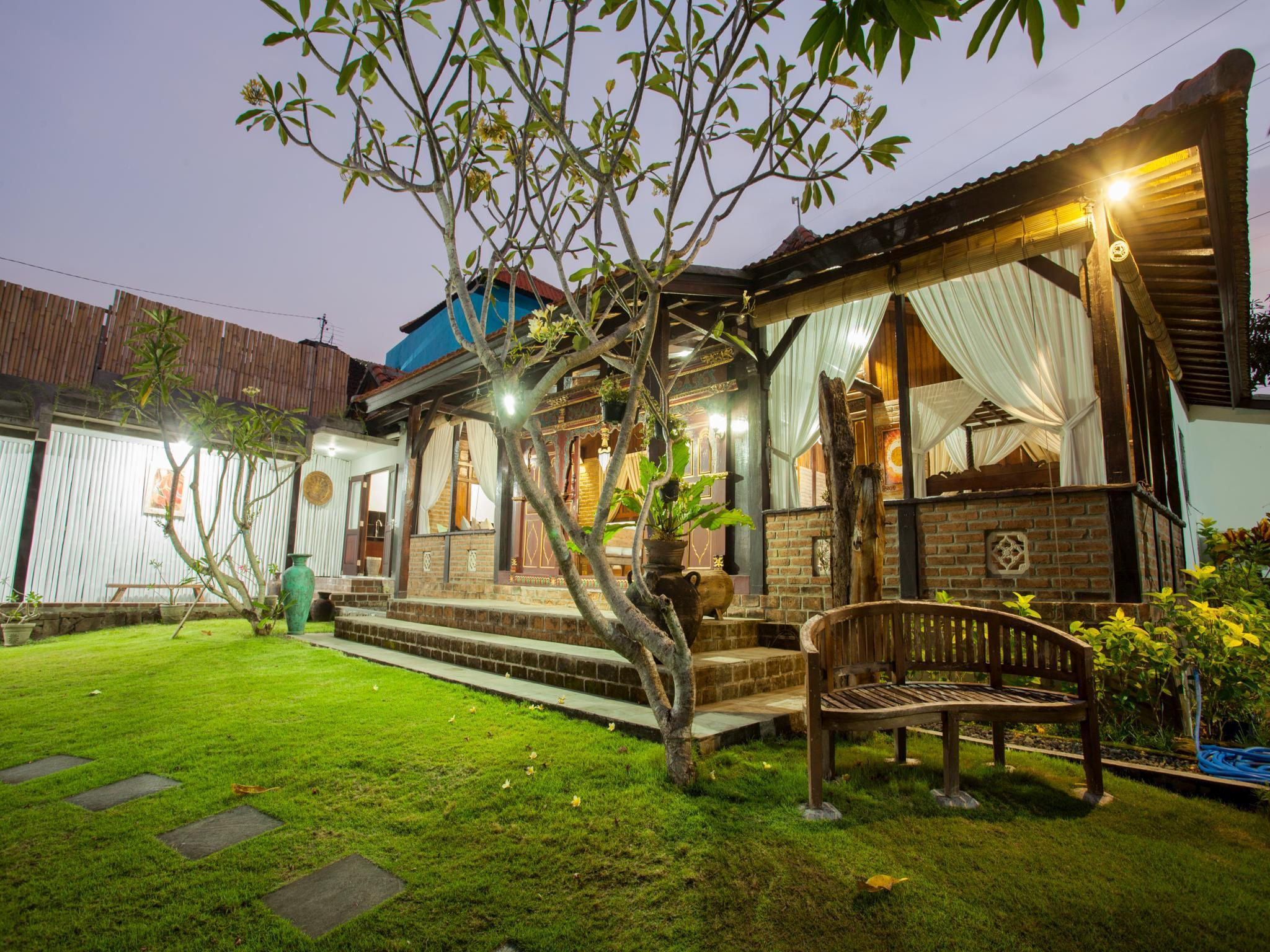 3BR Javanese Style Private Pool Villa At Kubu Ampo