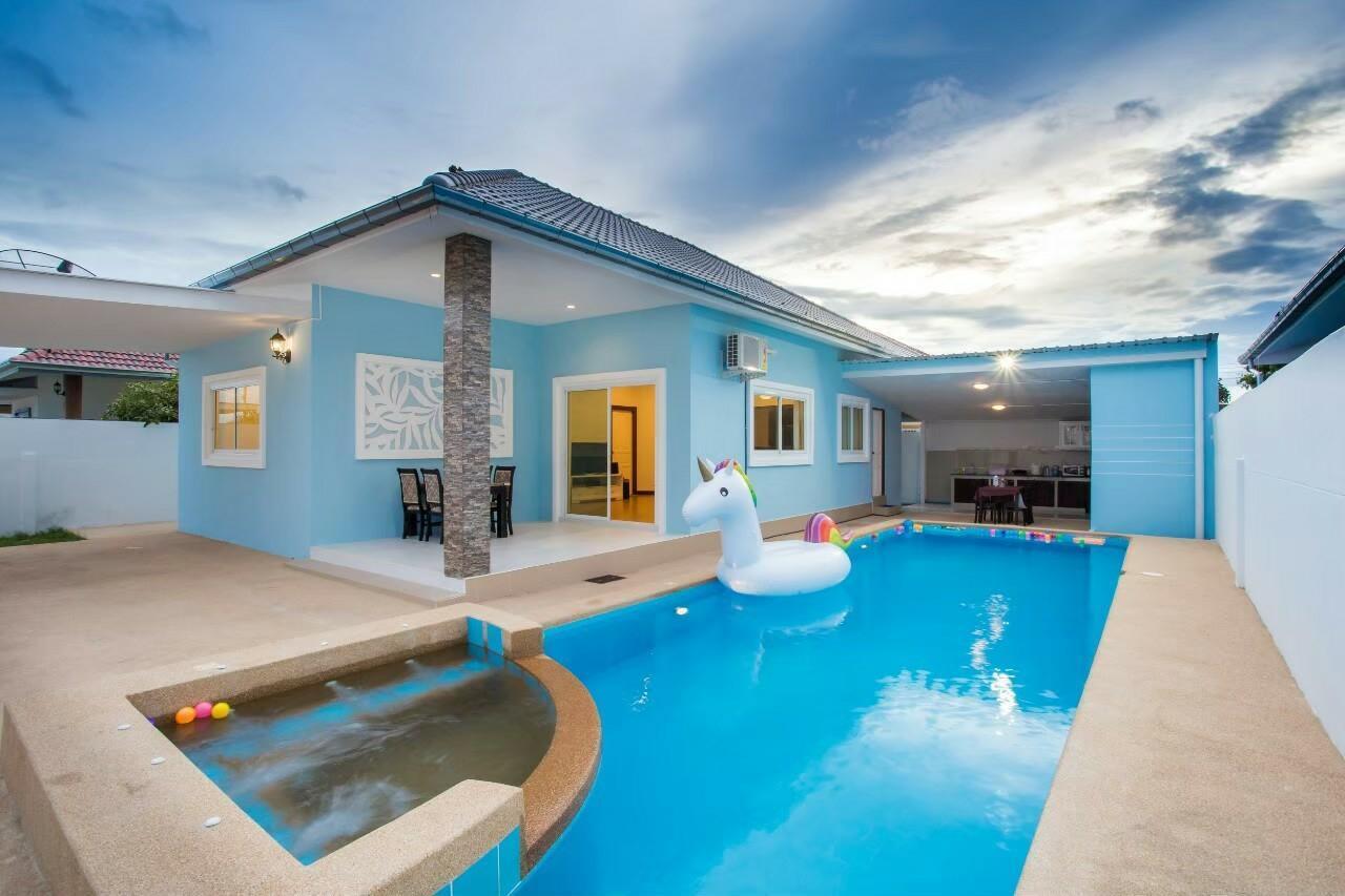 Phunsawat HuaHin Pool Villa By PS