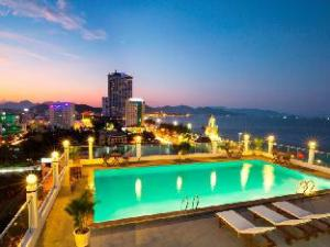 โรงแรมแฮปปี้ไลท์ นาตรัง (Happy Light Hotel Nha Trang)