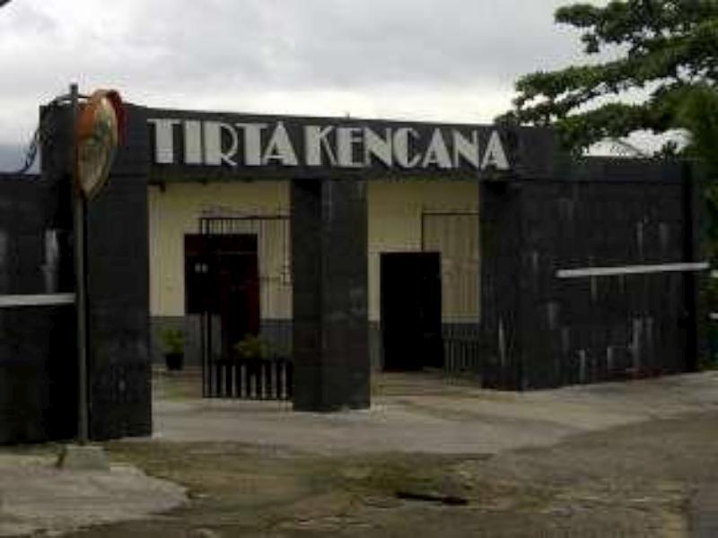 Tirta Kencana Hotel & Cottage