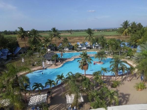 Castle Howchow Beach Resort Hotel Khon Kaen