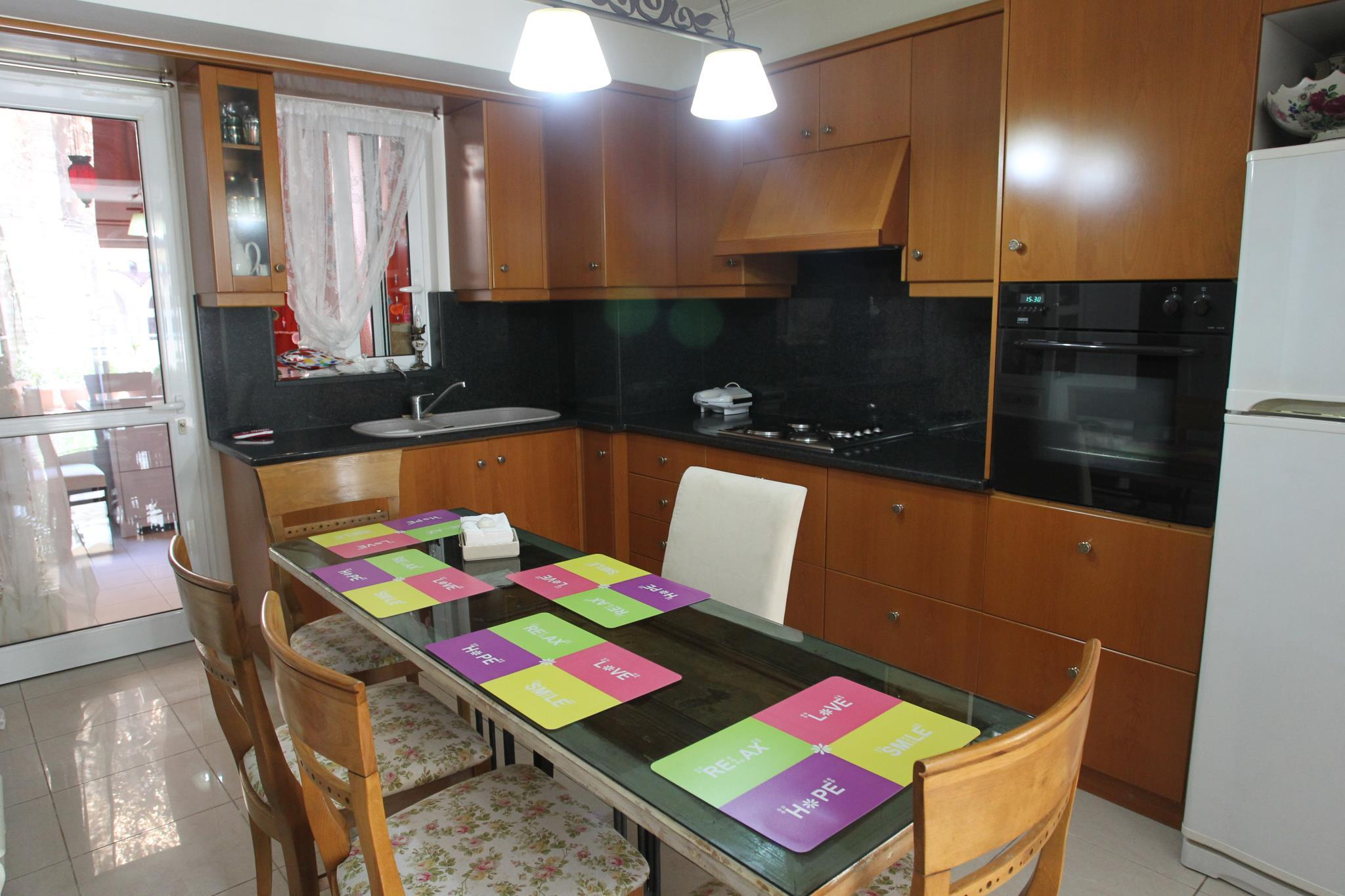 Elipida's Luxury Apartment In Athens