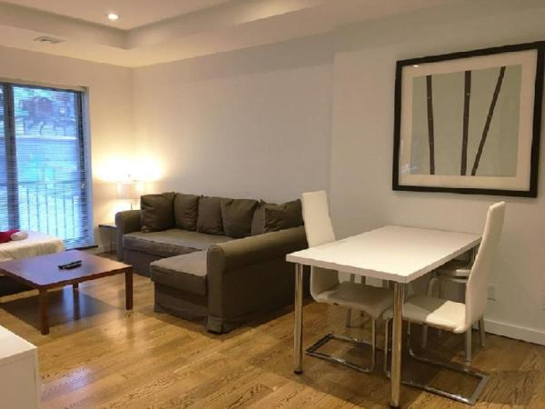 Charming 1 BR on Murray Hill New York