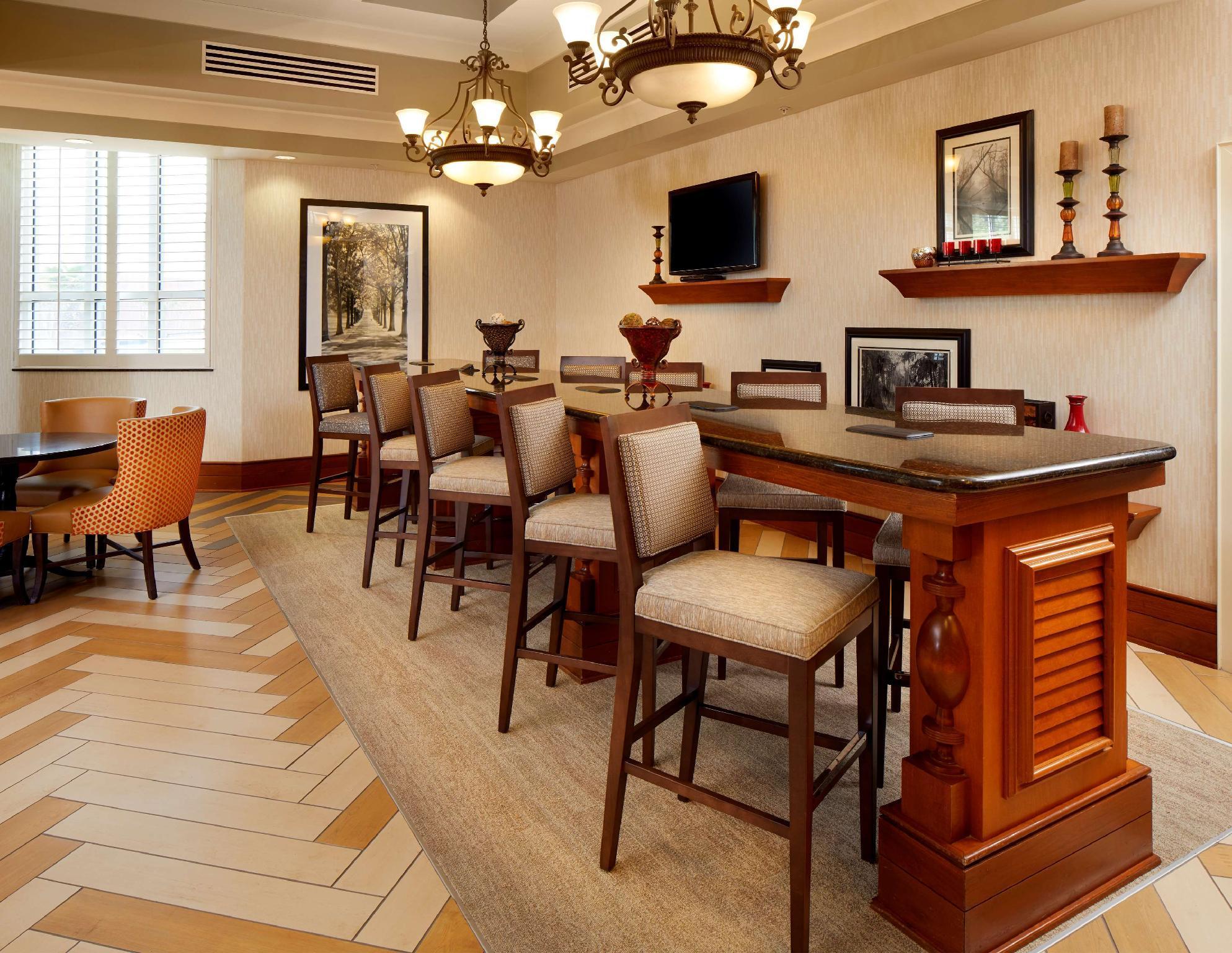 Hampton Inn And Suites Savannah Midtown
