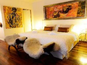 Casa Amapola Bed & Breakfast