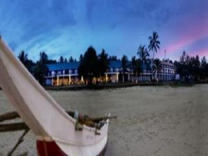 فندق ذا سيرف (The Surf Hotel)
