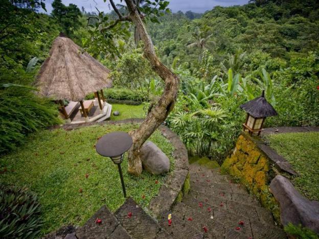 Villa Bukit Naga
