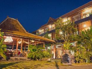 Omah Sinten Heritage Hotel