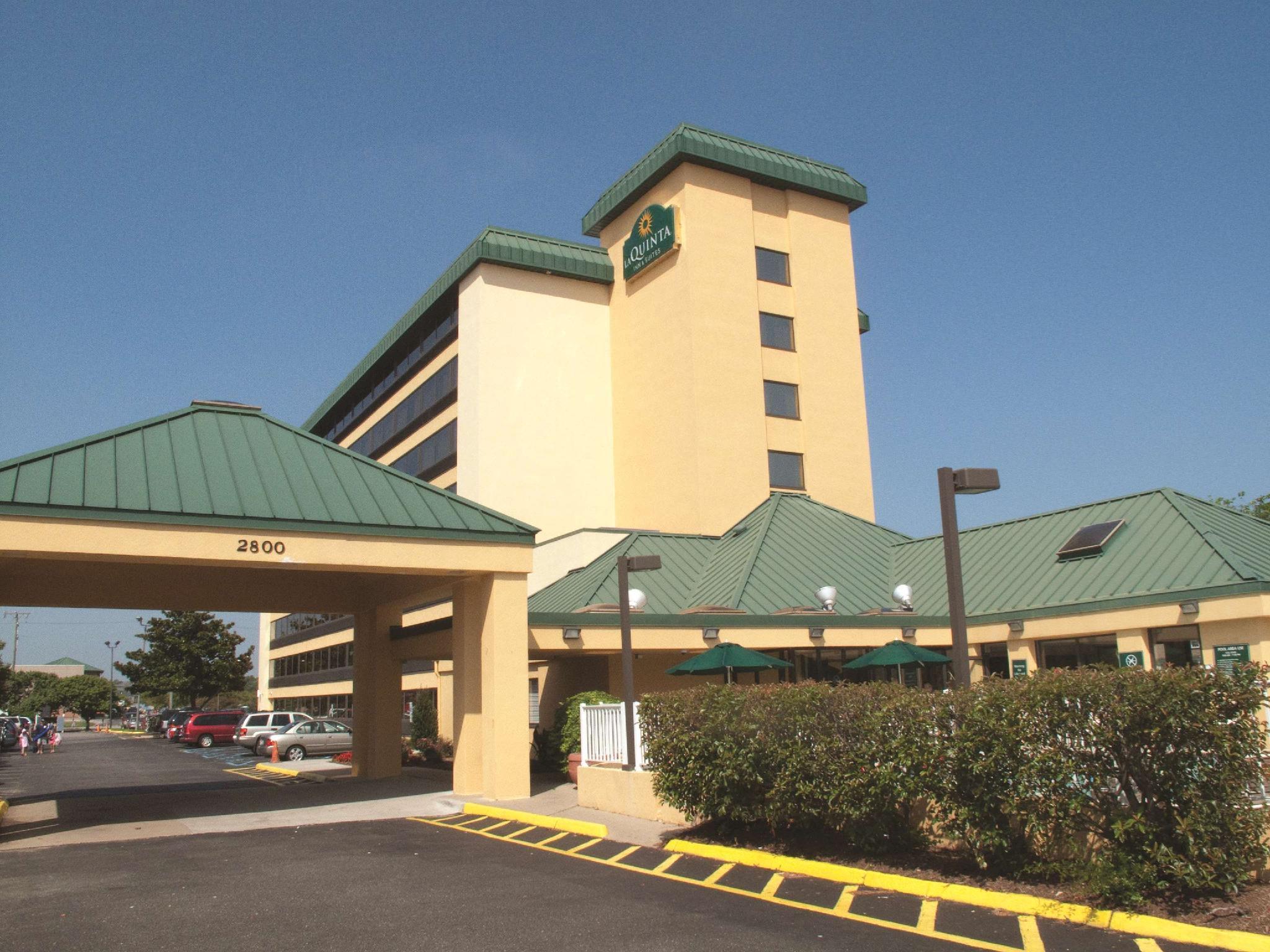 La Quinta Inn And Suites By Wyndham Virginia Beach