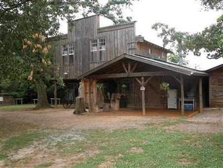 SEVENTY FOUR RANCH   BED AND BREAKFAST