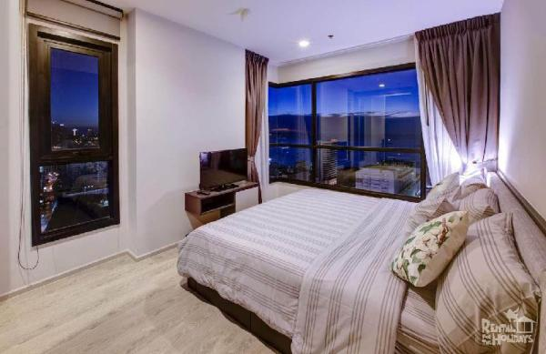 The Base Central Pattaya by Minsu Seaview suite Pattaya