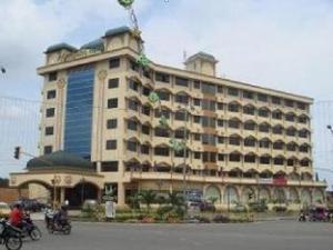 迈达尼伊斯兰教酒店 (Madani Syariah Hotel)