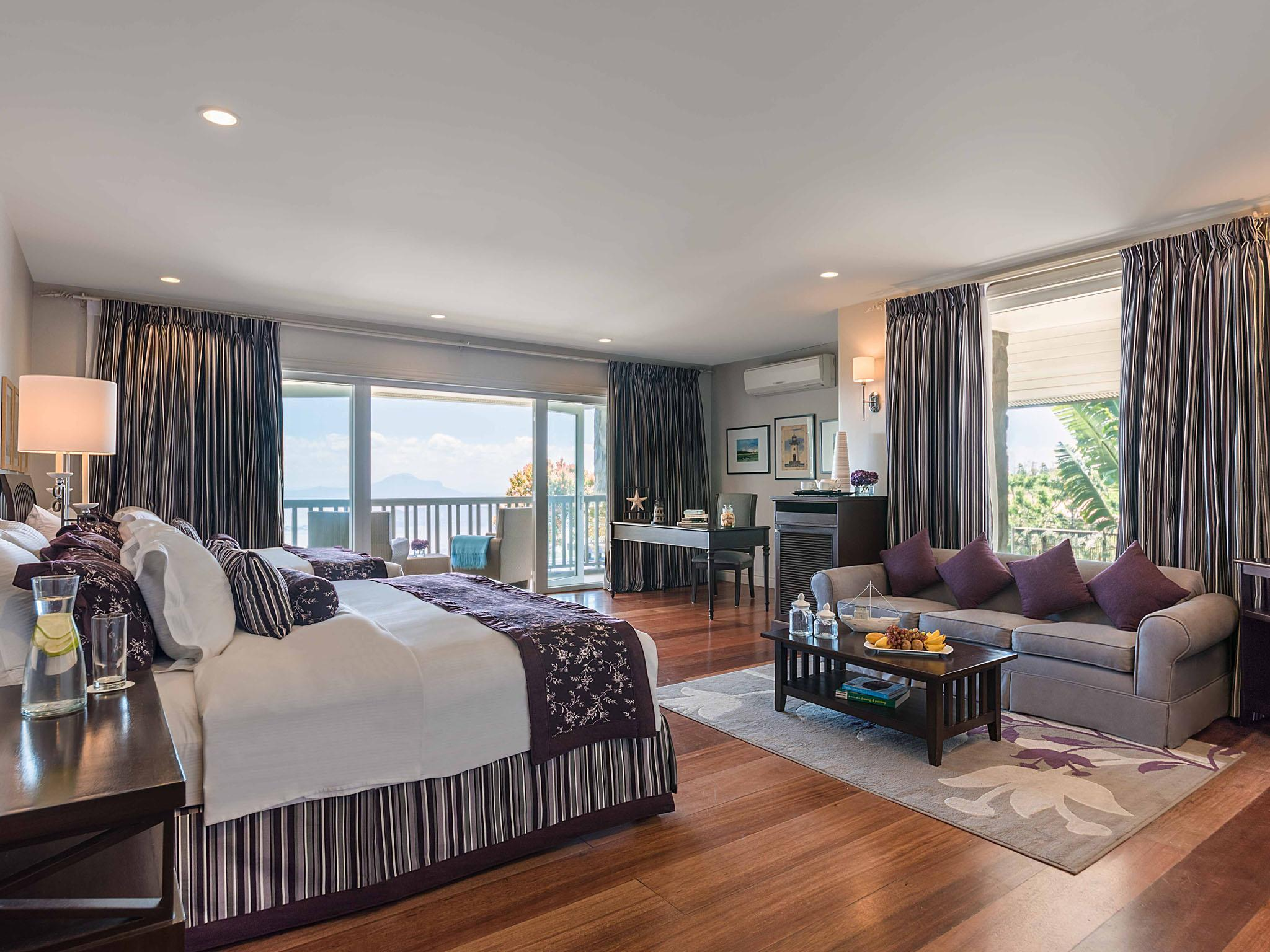 Discovery Country Suites